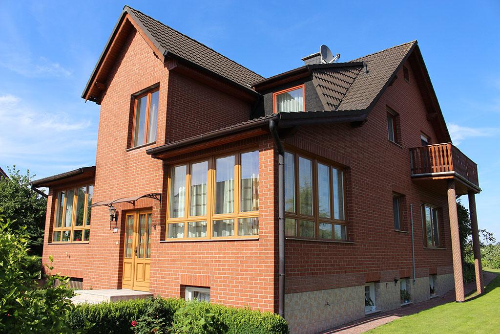 Rfive immobilien celle for Zweifamilienhaus mieten